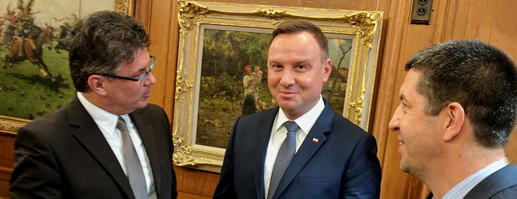 Jacek Gwizdka with the president of Poland
