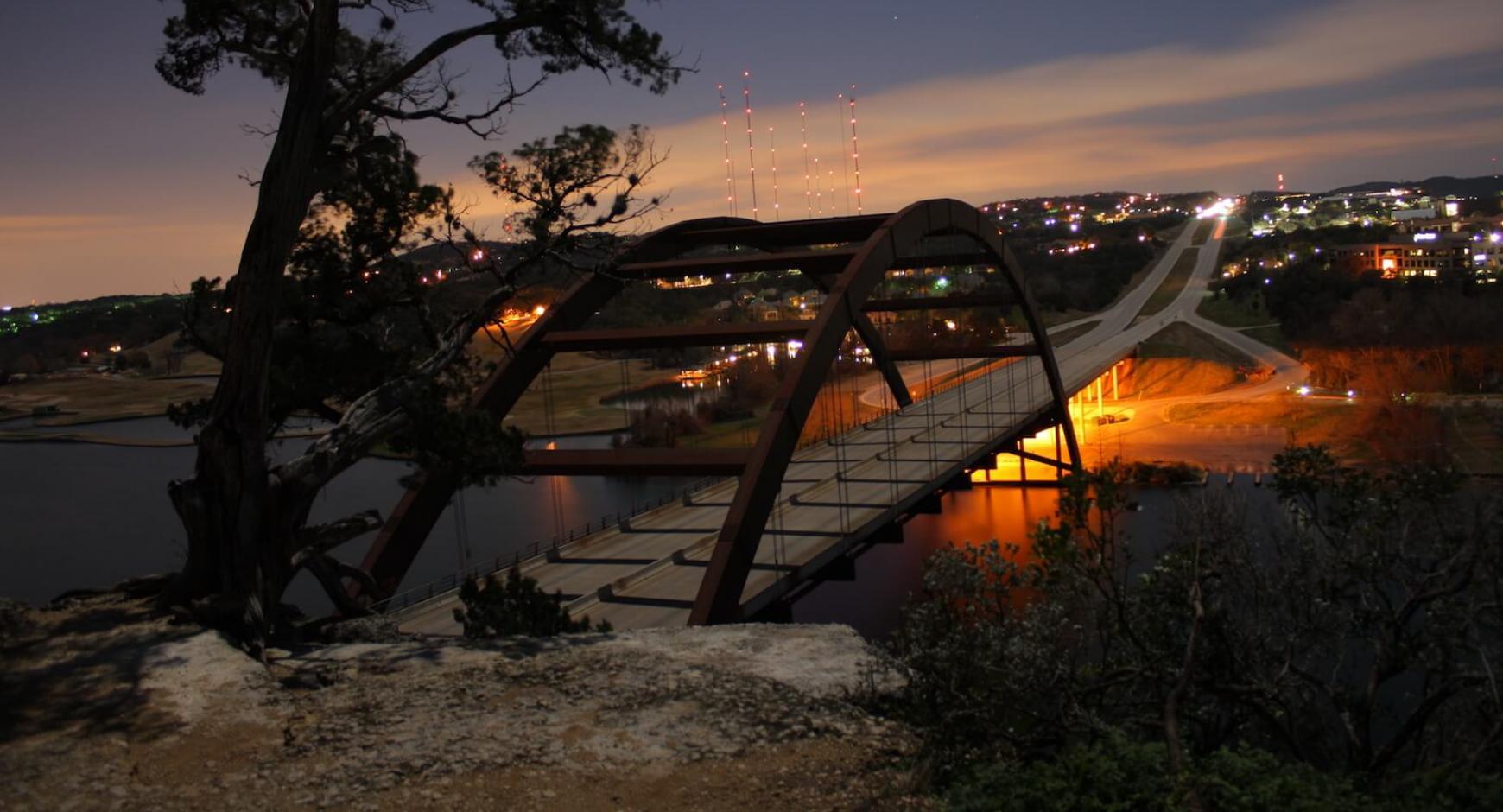 The 360 Pennybacker bridge at twilight